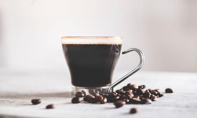 Cafeaua poate reduce riscul de diabet şi hipertensiune