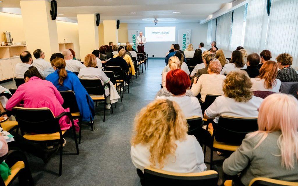 """Simpozion dedicat """"Actualităților în boala cronică de rinichi"""" organizat la Suceava"""