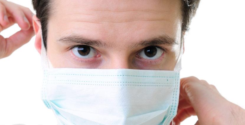 Măștile din pânză, bumbac sau tifon nu protejează împotriva coronavirusului