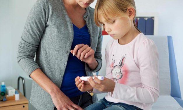 Creștere a cazurilor de cetoacidoză diabetică la copiii cu diabet tip 1 în timpul pandemiei